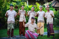 GMV-staff_Nyoman-in-front